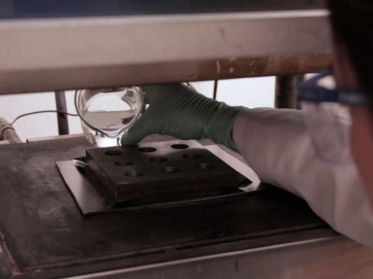 Préparation de silice aérogel monolithes par une méthode d'extraction rapide supercritique
