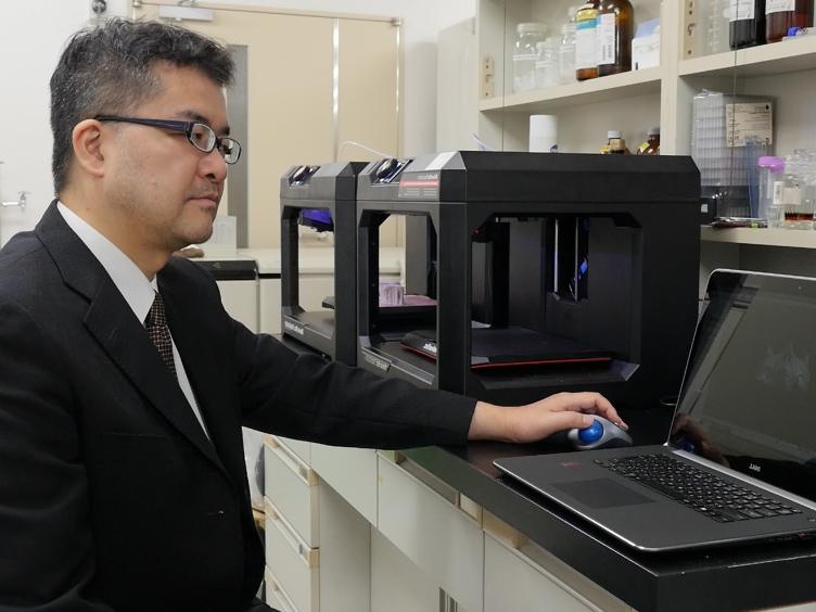 Utforme CAD/CAM kirurgisk guider Maxillary gjenoppbygging bruker interne tilnærming