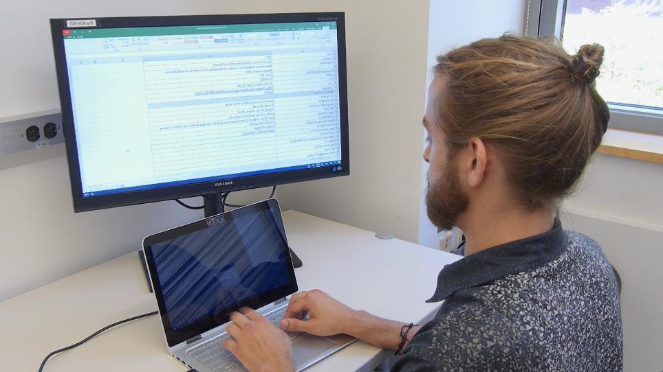 גישה החילוץ של מטה-נתונים עבור דוחות מקרה קליני לאפשר מתקדם הבנה של מושגי ביו