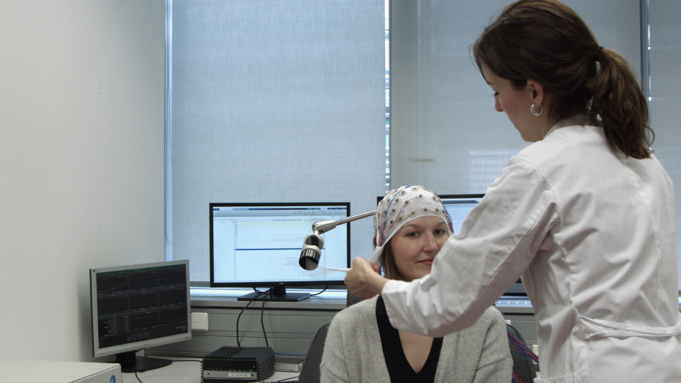 Brain State-dependent Brain Stimulation with Real-time Electroencephalography-Triggered Transcranial Magnetic Stimulation