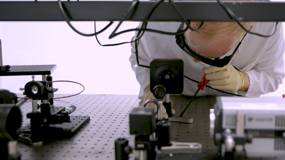 Spectral and Angle-Resolved Magneto-Optical Characterization of Photonic Nanostructures