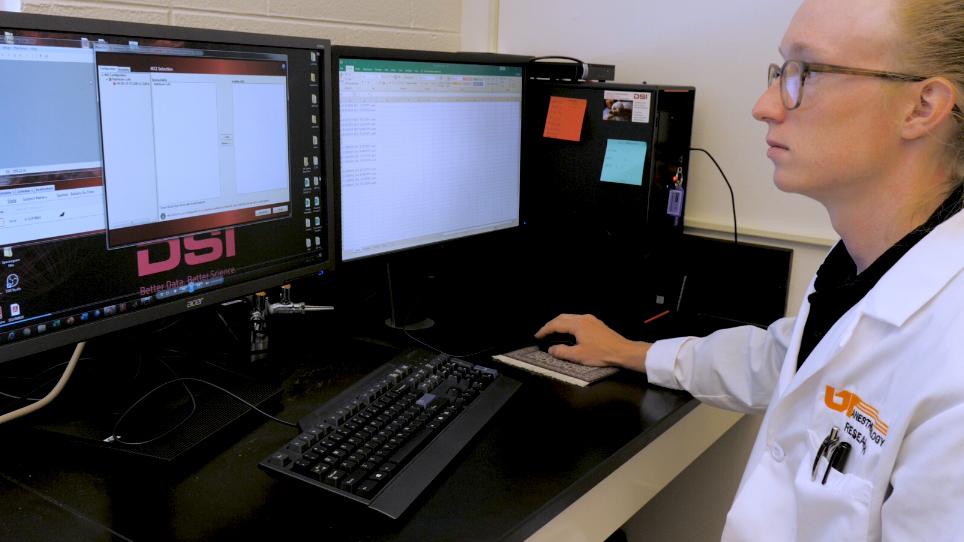 Computer-based Multitaper Spectrogram Program for Electroencephalographic Data
