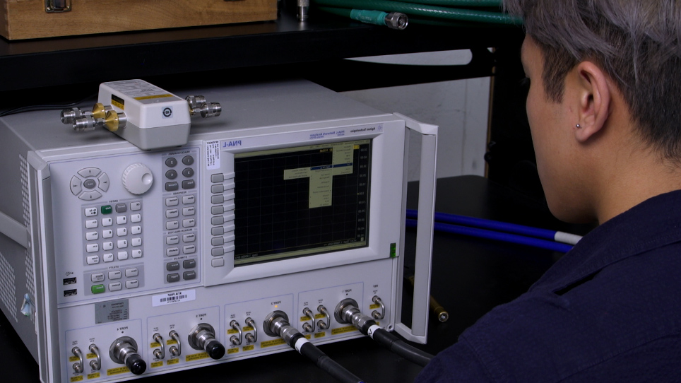 Calibration of Vector Network Analyzer for Measurements in Radio Frequency Propagation Channels