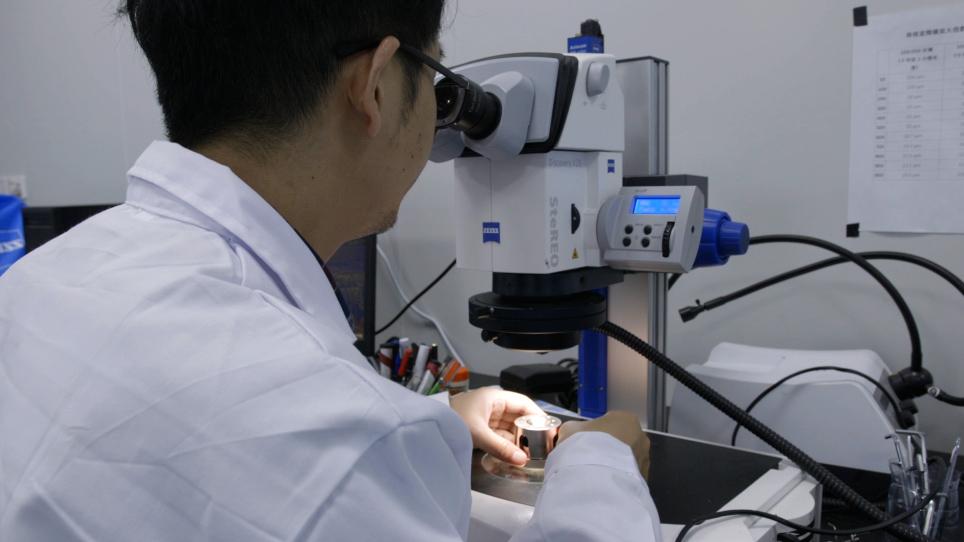 고압 온도 조건에서 얼음 VII의 합성 및 단결정 탄성 측정을 위한 외부 가열 다이아몬드 모루 셀