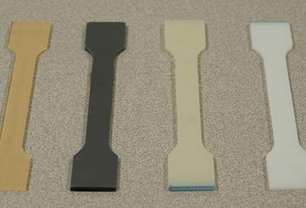 Spannung-Tests von Polymeren